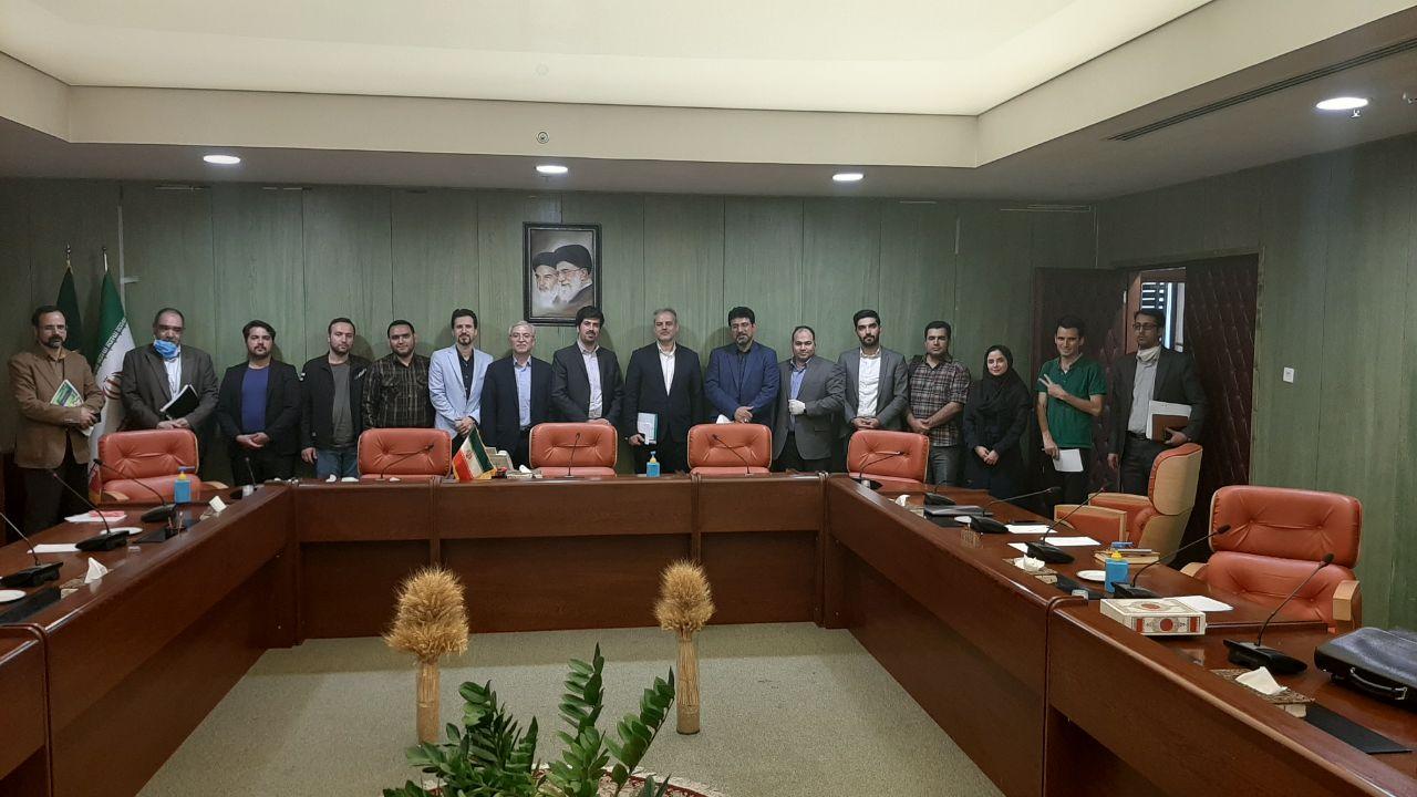 جلسه مدیر واجارو با وزیر کشاورزی