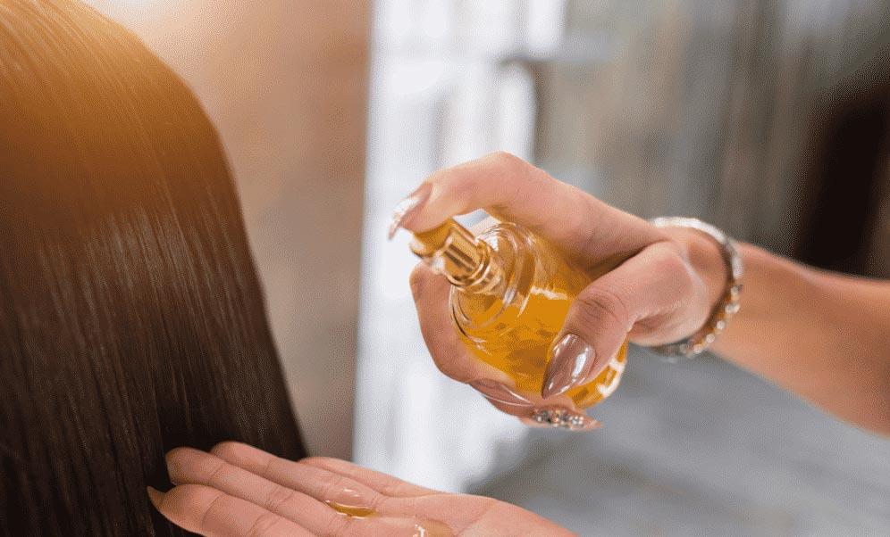 روغن زیتون اثرات شگفت انگیزی بر روی موها دارد.