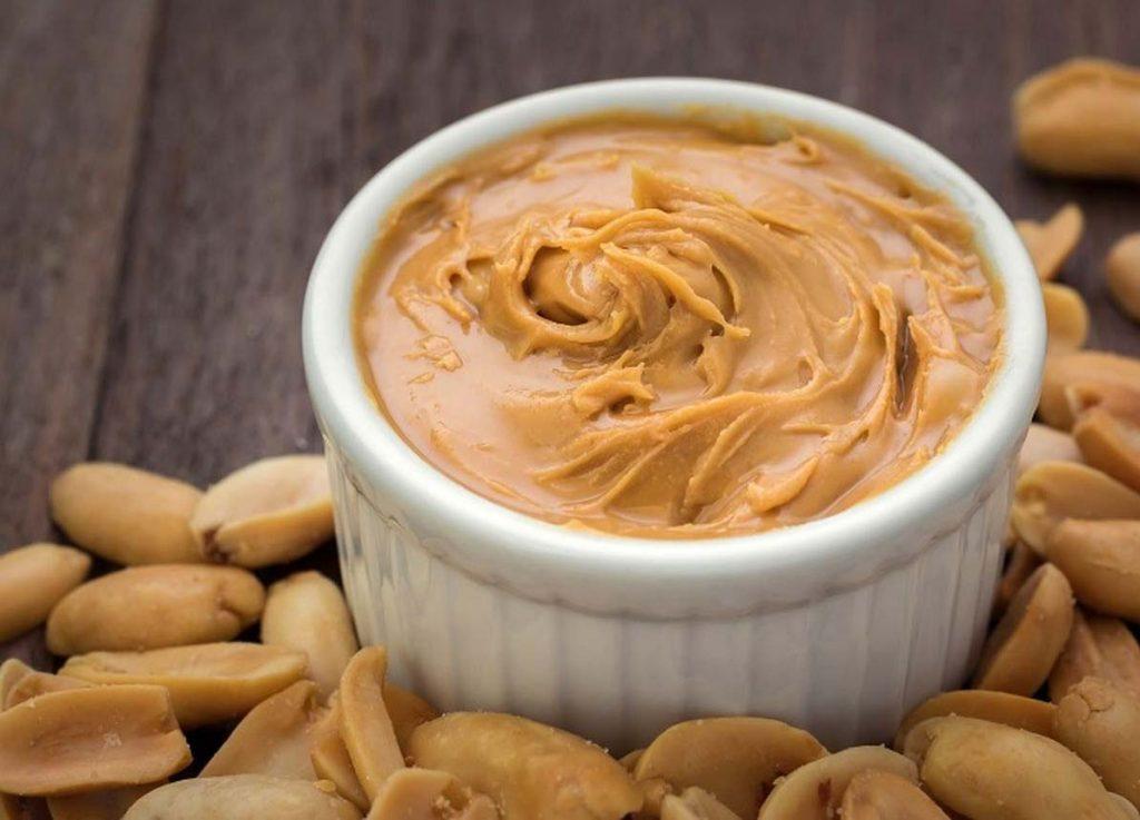 کرده بادام زمینی با خوراکی های مختلفی قابل مصرف است.
