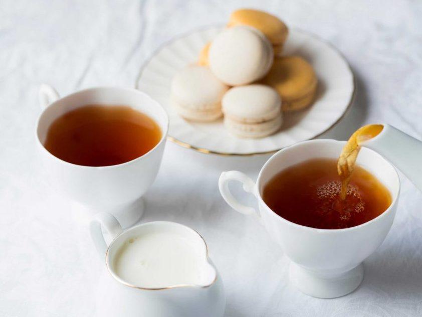 نوشیدن چای اصل و طبیعی فواید زیادی برای بدن دارد.