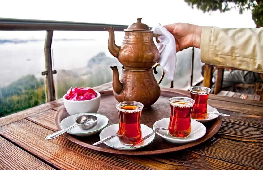 قیمت زیاد همیشه نشان دهنده کیفیت بالای چای نیست.
