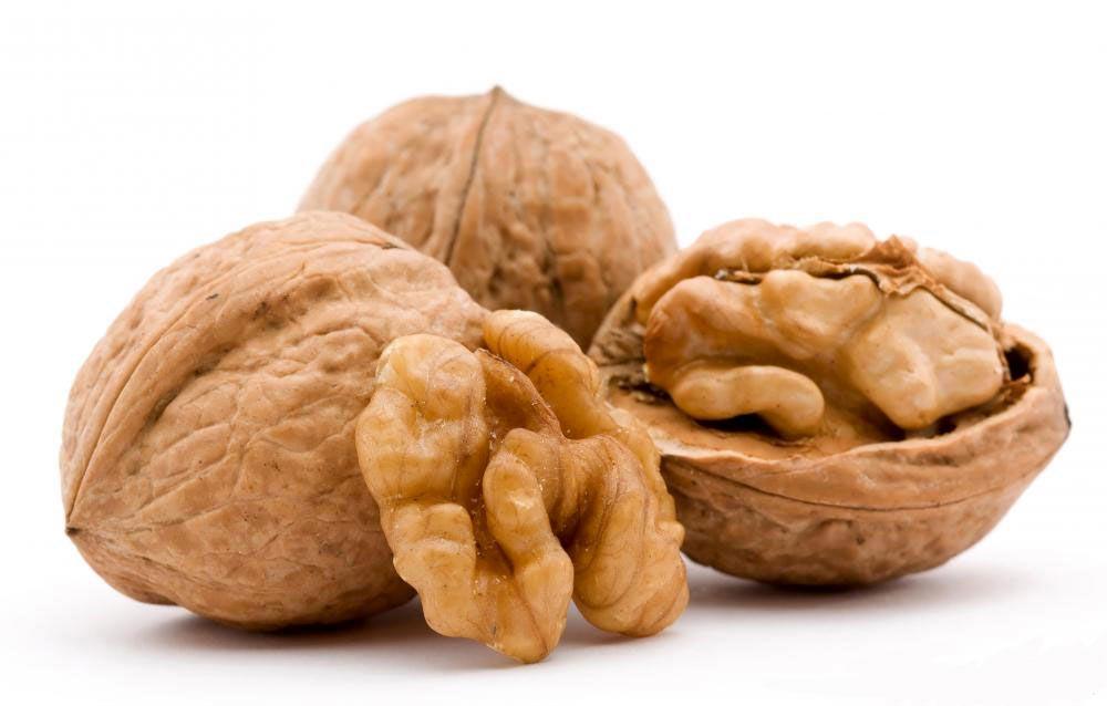 یکی از مضرات مصرف گردو ایجاد حساسیت و بروز واکنش های آلرژیک است.