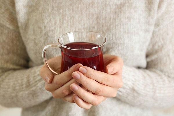 چای سیاه ضربان و تپش قلب را تنظیم میکند.