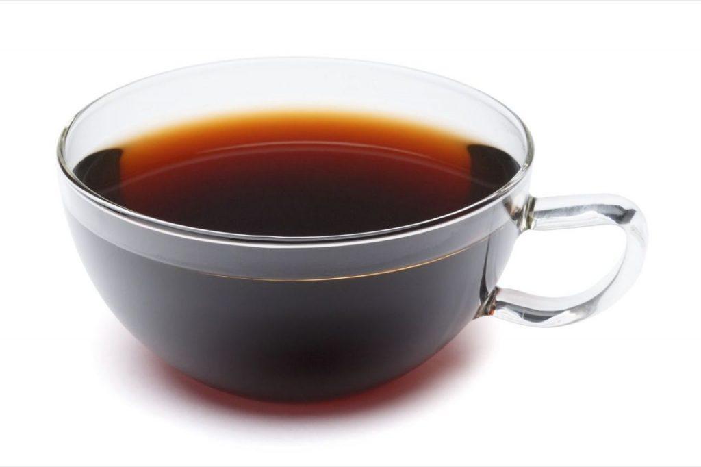 تا حد امکان باید از مصرف چای پررنگ خودداری کرد.
