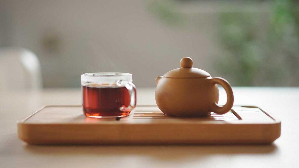 مواد مغذی و ویتامینهای موجود در چای برای بدن بسیار مفید هستند.