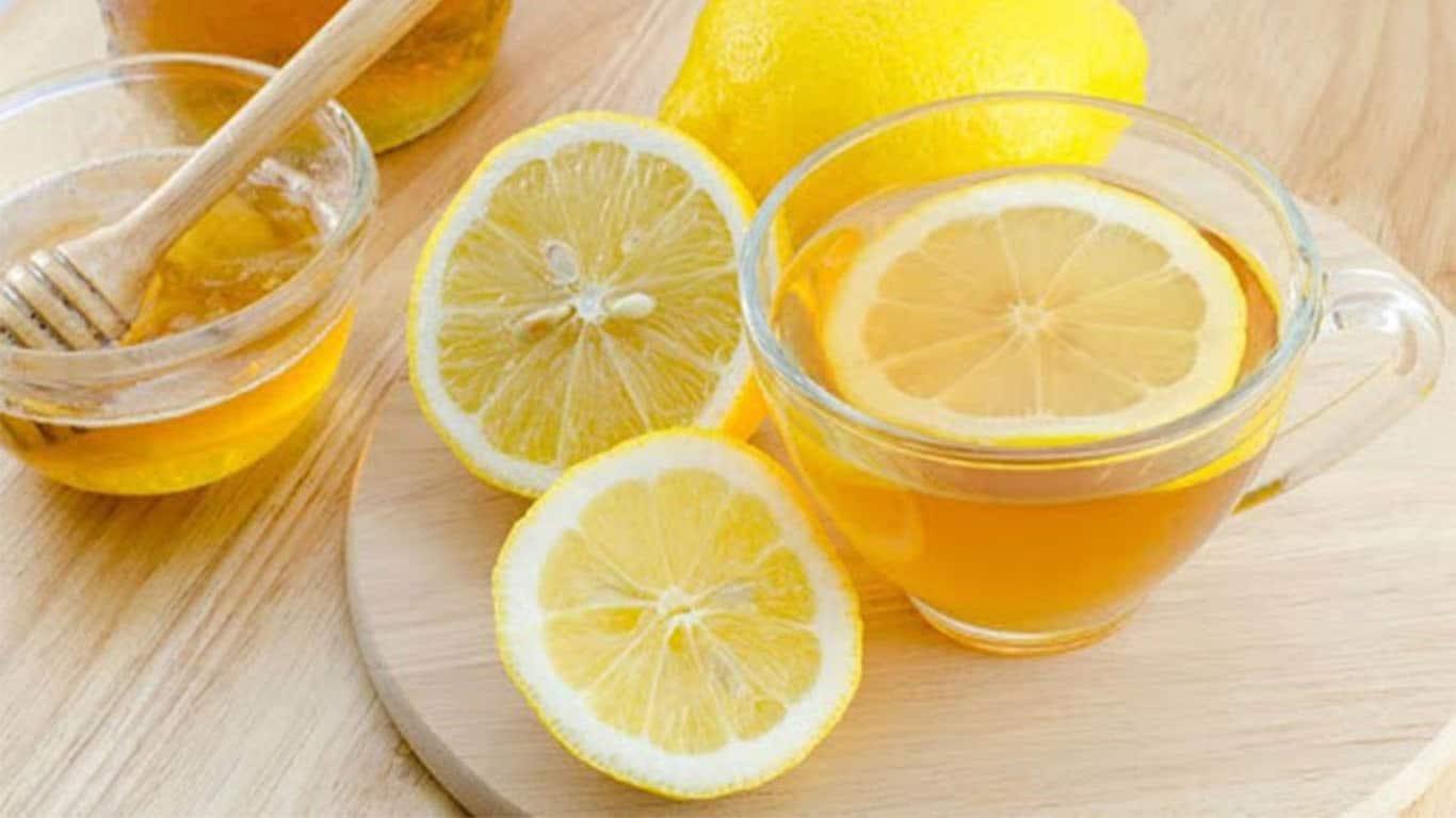 استفاده از ترکیب عسل و آبلیمو برای درمان سرماخوردگی بسیار مفید است.