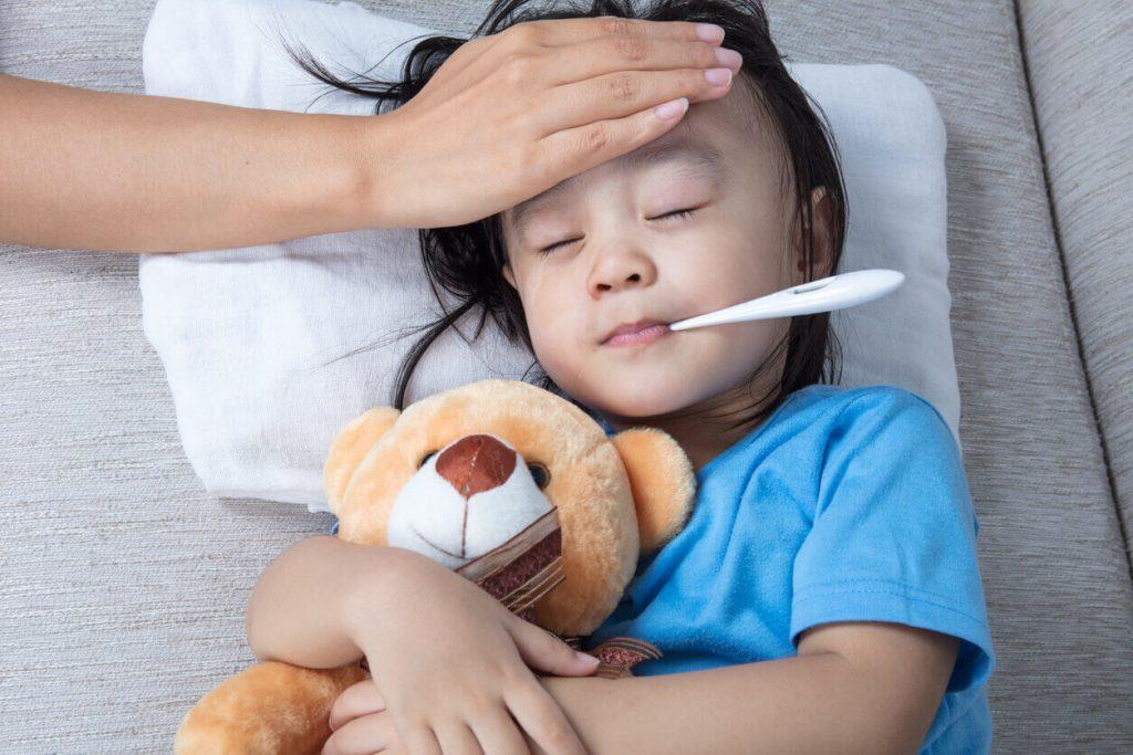 ترکیب عسل و زنجبیل برای درمان تب معجزه می کند.