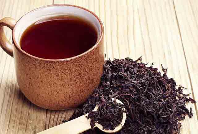 زنان باردار نباید در مصرف چای سیاه زیاده روی کنند.