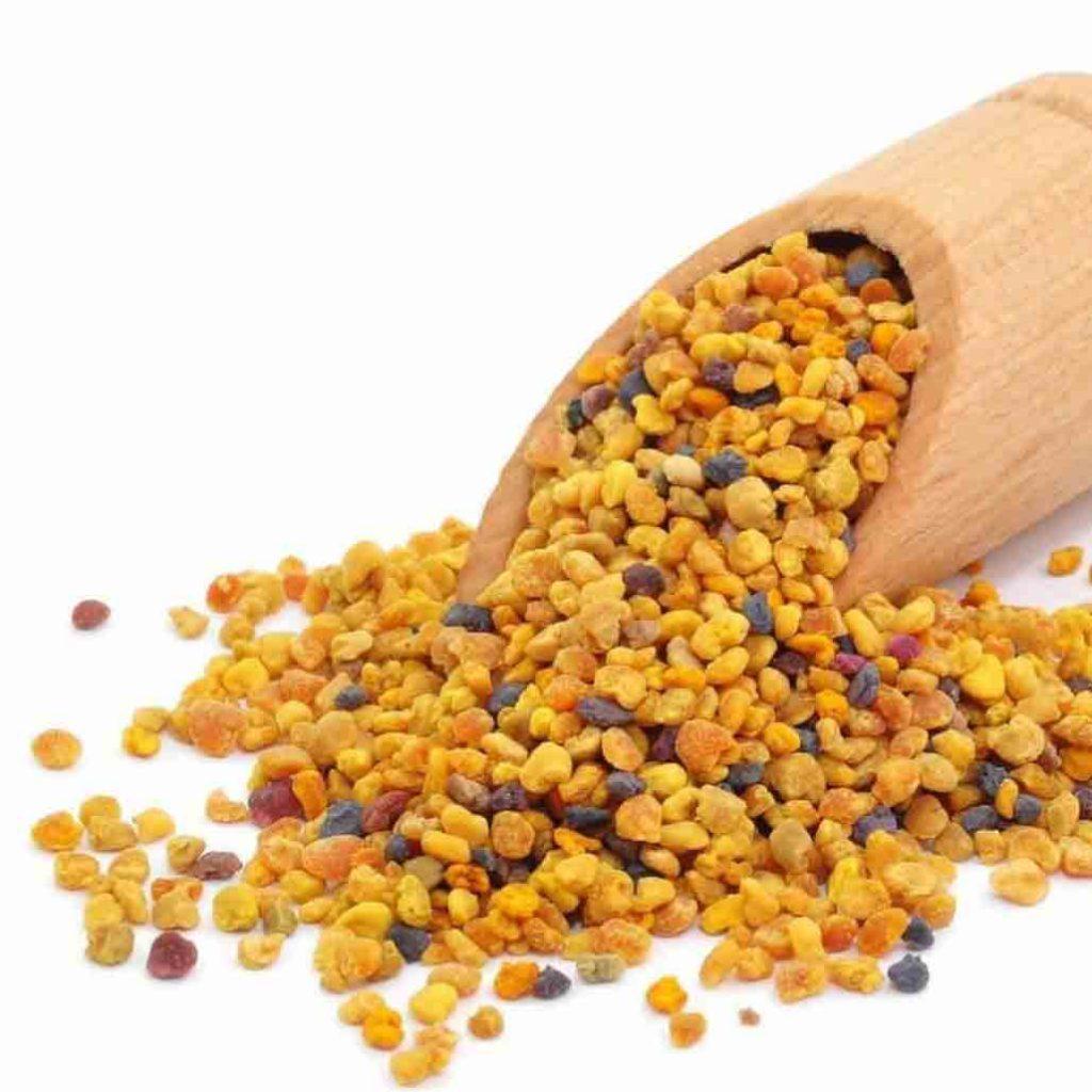 مصرف 2 الی 3 قاشق غذاخوری از پودر گرده گل به صورت روزانه مشکلی ایجاد نمیکند.