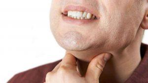 مصرف گل گاو زبان میتواند سوزش و درد گلو را رفع کند.