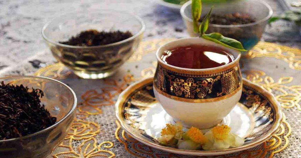 تا اواسط قرن هفدهم تمام مردم چین فقط از چای سبز استفاده میکردند.