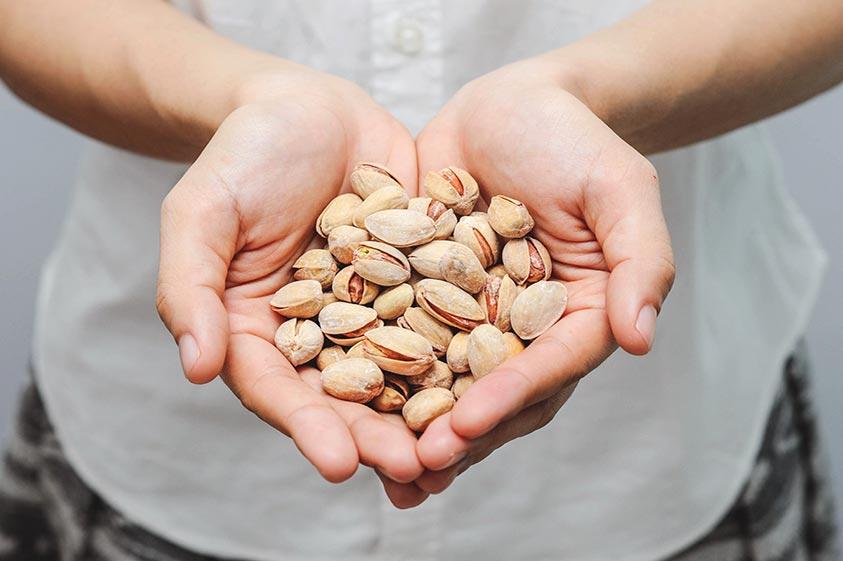 پسته مواد مغذی متعددی را در درون خود جای داده است.