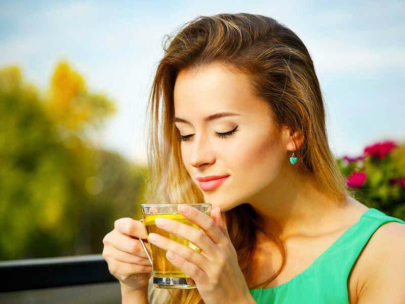 خواص چای برای جوانسازی پوست شگفت انگیز است.