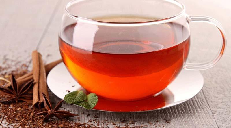 فصل برداشت برگهای سبز چای در شمال کشور، اردیبهشت ماه می باشد.