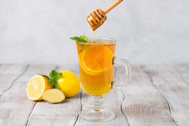 ترکیب عسل و آبلیمو سرشار از ویتامین است.