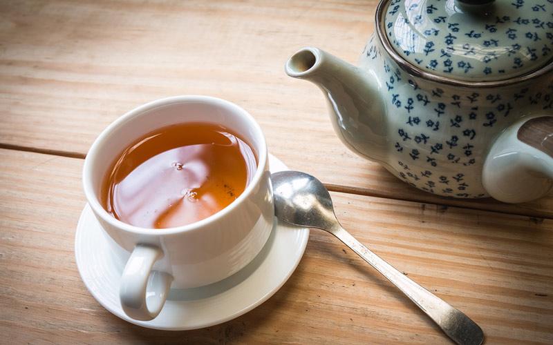 چای طبع گرم دارد.