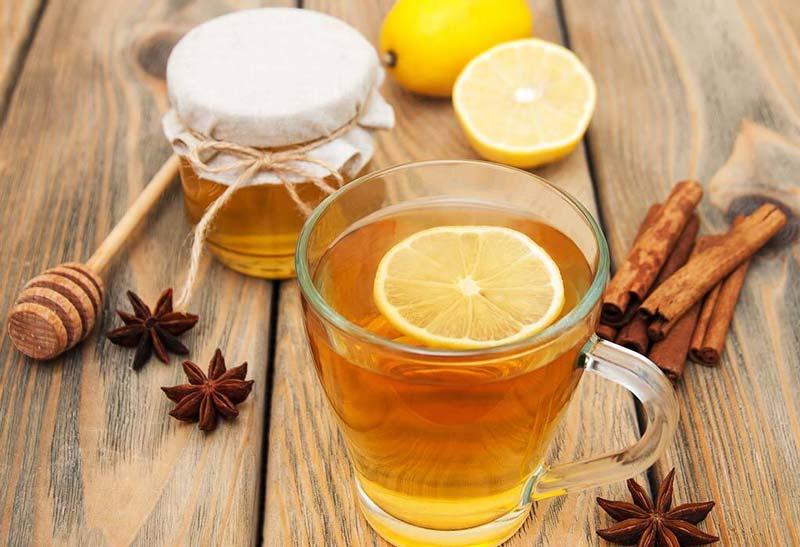 اگر سابقه حساسیت دارید یا مبتلا به بیماریهای معده هستید، ترکیب آبلیمو عسل را به صورت ناشتا مصرف نکنید.