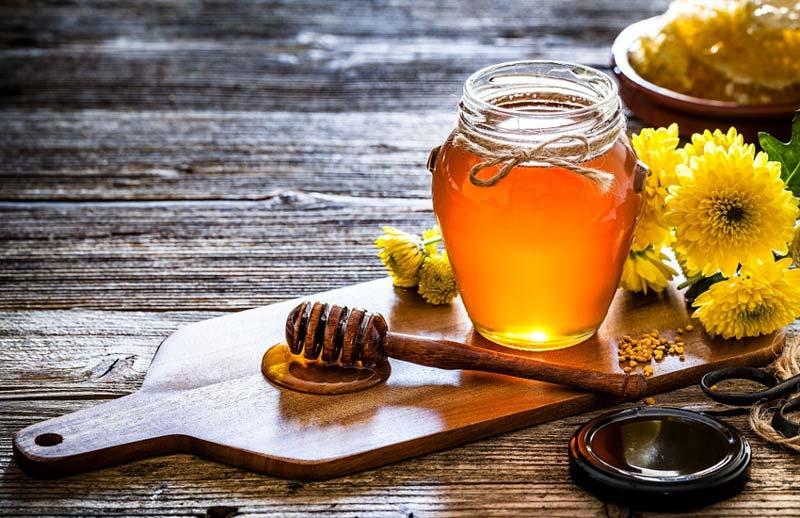 دو ماده بربرین و آنتیاکسیدان که در عسل زرشک وجود دارد از پیری زودرس جلوگیری می کند.