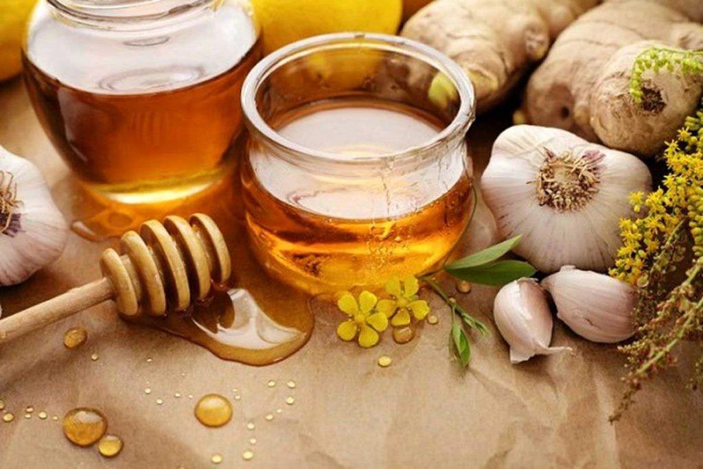 معجون سیر و عسل یک ترکیب بسیار پرفایده است.