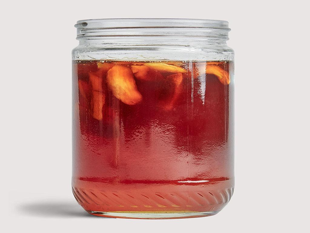 یکی از خواص معجون عسل و سیر رفع کم خونی است.