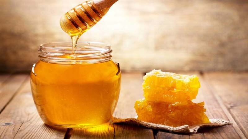 اصلیترین خواص عسل برای لاغری وجود فیبر بالای آن است.