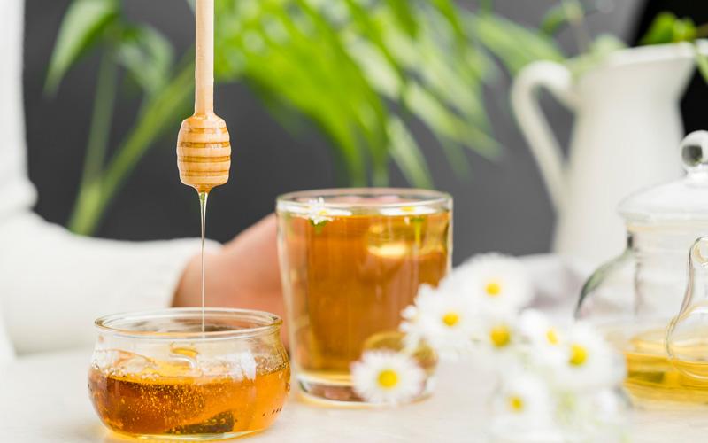 درمان زخم با عسل احتمال ابتلا به عفونت رو کاهش میده.